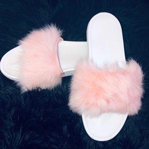 UGG Royale Slide Sandals ☺️💁🏻♀️🔥